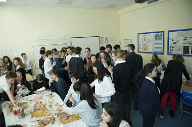 Farewell lunch (Years 11 & 13). School 7.